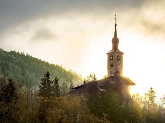 Photographie de l'église saint Michel, patrimoine culturel de Landry, en Savoie Tarentaise