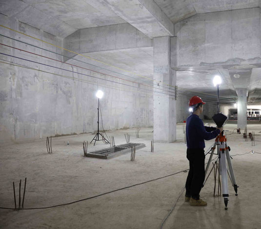 360 tunnel and construction site documentation no problem with built in LED light.