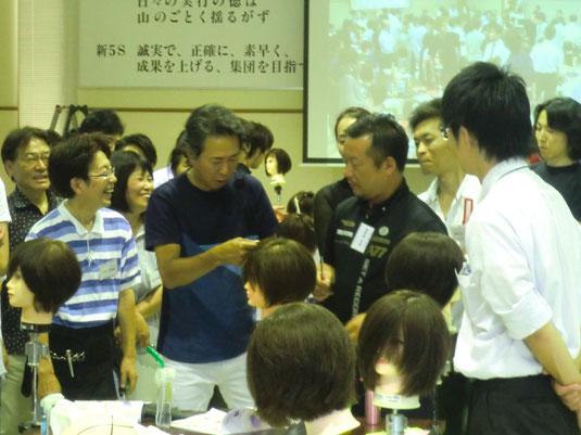 毎年恒例のトギノンカット講習会。 今年も、本田誠一先生をお招きしての開催となった。