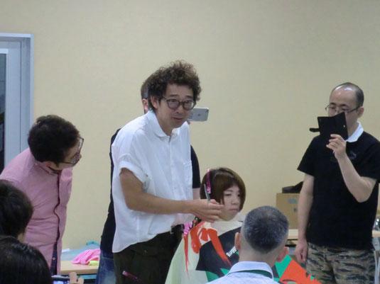 鹿児島早苗会6月の講習に、古里マサヒコ先生が登場。 レディースのショートボブを提案。