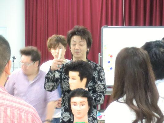 鹿児島の研究会サクセスが、合同実技講習を開催した。 講師は、会長も務める山口美星中央講師。
