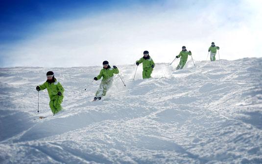 Mogule skiing