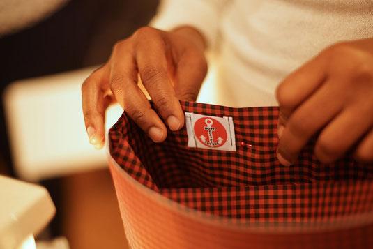 Das Hope-Logo und die helfenden Hände - für eine neue Chance.