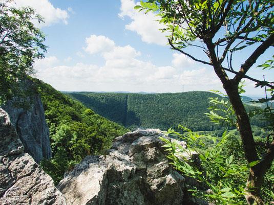 Toller Blick vom Felskopf in das Tal