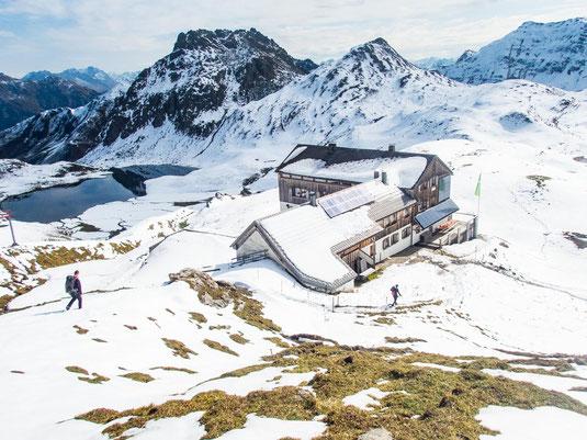 Wunderschön gelegen - die Tilisuna Hütte