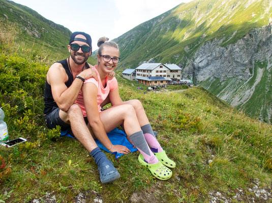 Massage in den Bergen - im Hintergrund die Kemptner Hütte