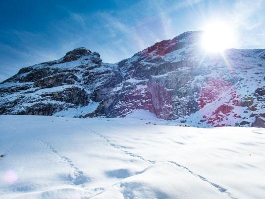 Klettersteigen bei dem Schnee - keine gute Idee