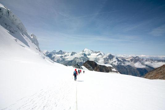 Abstieg auf dem Hohlaubgletscher