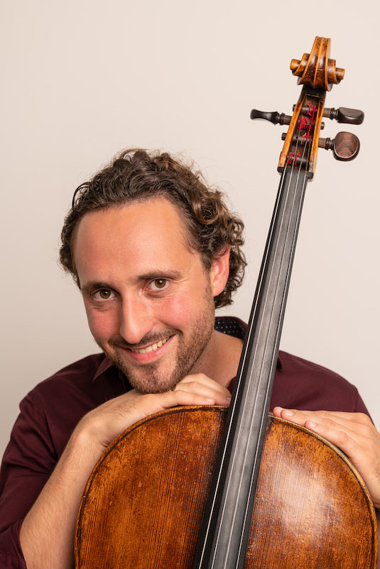Online cello lessons via Skype with cello teacher Malte Eckardt