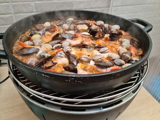 Barbacoa de carbón ideal para hacer el arroz