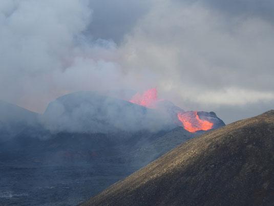 Lorenz persönliches Highlight: Er war live vor Ort beim Ausbruch des Fagradalsfjall-Vulkan - aus sicherer Distanz