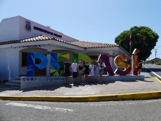 Jule mit einigen Dänen in Panama