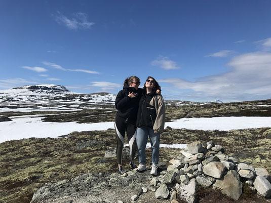 Antonia und ich im Dovregebirge, einer unserer Zwischenstops auf dem Weg nach Kristianssund