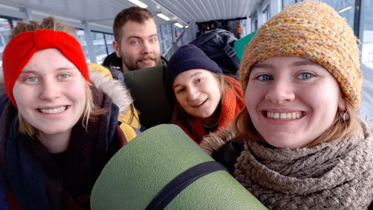 Die BaltikantInnen: Emelie, Leo, Hannah und Alex
