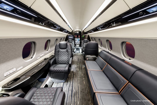 La cabine du Praetor 600 vue depuis l'arrière de la cabine