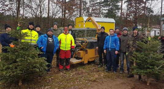 200 Christbäume sammelte die Junge Union Oberwildenau ein