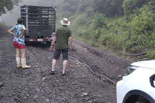Mud, road, Costa Rica, towing, roadtrip
