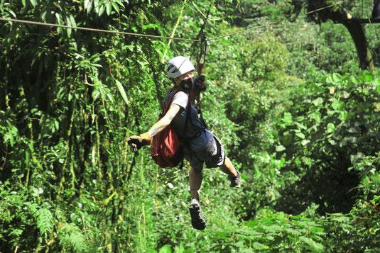 Ziplining, Costa Rica, Regenwald, Abenteuer, Lonelyroadlover