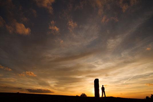 Coucher de soleil sur les menhirs du Mont Lozère