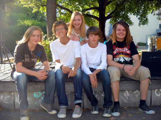 vor dem Gig im Georgiigymnasium