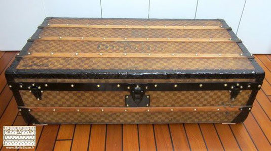 old trunk cabine vuitton damier tropical