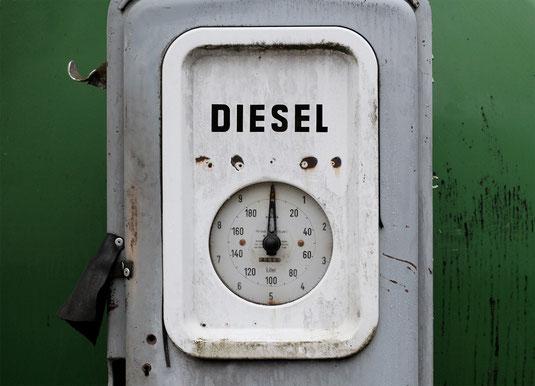 Dieselgate: Neue BGH-Rechtssprechung - Dr. Michael Fingerhut - Rechtsanwalt / Rechtsberatung München - © motointermedia (pixabay.com)