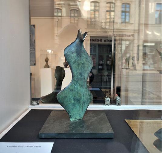 Kleines verrücktes Grün / Bronzefassung