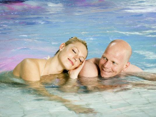 Herrlich entspannend wirkt das Bad Driburger Thermalwasser auf Körpger und Geist   ©Bad Driburg Touristik