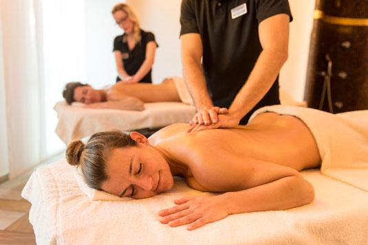 Wellness-Massage zu Zweit © Teutoburger Wald Tourismus, Fotograf D. Ketz