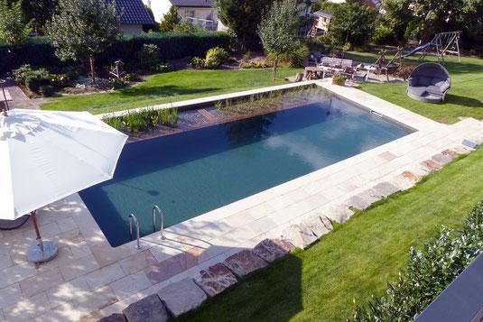Das neue Naturschwimmbecken im Hotel Tannenhof