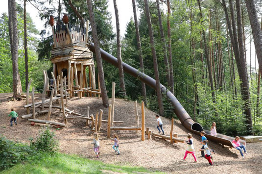 Die Trollenburg - ein Waldspielplatz, den die Kinder lieben © Stadt Bad Lippspringe