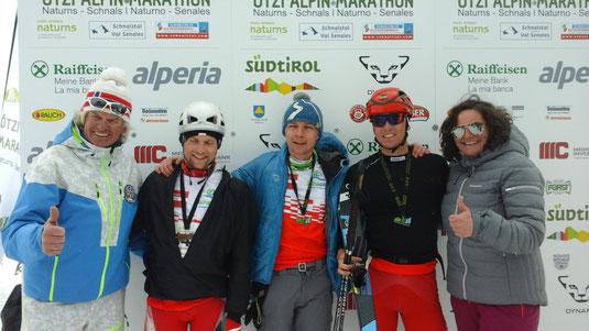 la nostra squadra del Ötzi Alpin Marathon '16 (Kuba nel mezzo)