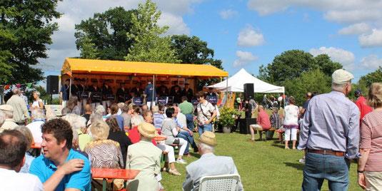 Gemeindesfest / Europatag Henstedt-Ulzburg mit dem Orchester der FFW Henstedt-Ulzburg