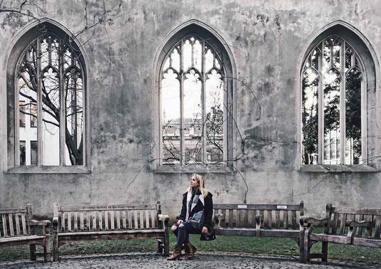 Zu sehen ist eine Ruine des St. Dunstan in the East in London