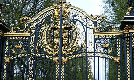 Königliche Tore am Buckingham Palace