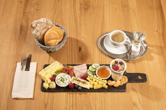 Frühstück in der Biokäserei Walchsee