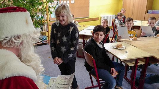 Glückliche Gesichter bei den Naturimker-Kids
