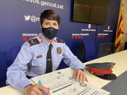 Laura Villanueva, caporala dels Mossos d'Esquadra i responsable de l'Oficina d'Atenció a les Famílies de Persones Desaparegudes. Foto: Pol Baraza.