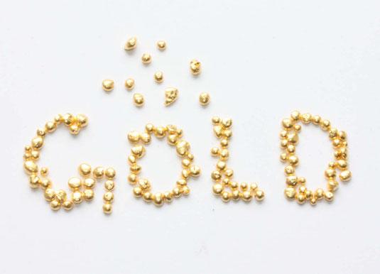 Goldnuggets,aus Goldnuggets werden in der Goldschmiede unterschiedliche Edelmetalllegierungen hergestellt
