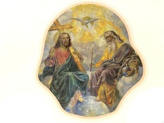 Deckenfresko im Altarraum von St. Josef