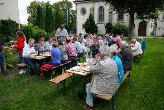 Grillen 2017 in Pastors Garten