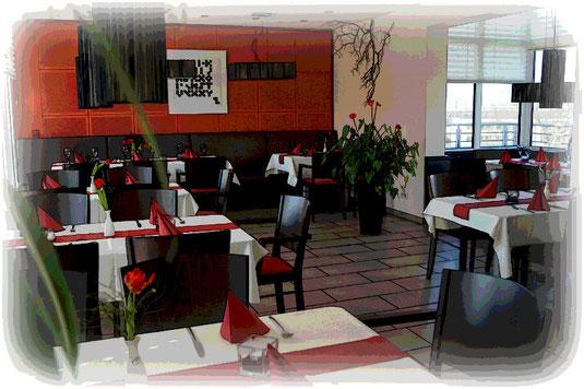 Gestalten Sie die Akustik in Ihrem Restaurant so, dass sich die Gäste angenehm unterhalten können.