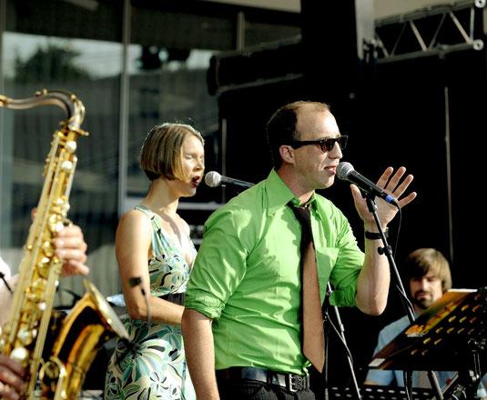 Mit Goldstaub bei den Stuttgarter Jazz-Open 2014.