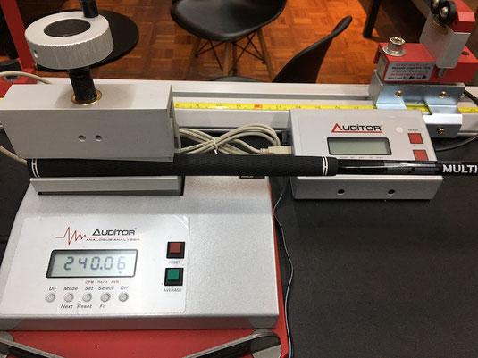 振動数計測機