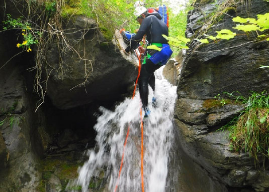 stage canyoning hautes alpes, briançon, serre chevalier