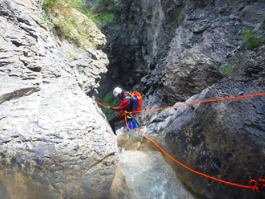 canyoning stage alpes du sud