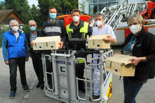 Stefan Schilling, Paul Wiecha, Sebastian Ludwig (alle LBV Starnberg), ein Mann der Freiwilligen Feuerwehr Starnberg, Dr. Wolfgang Schweiger,  Barbara Huber (Referentin der Geschäftsführung)