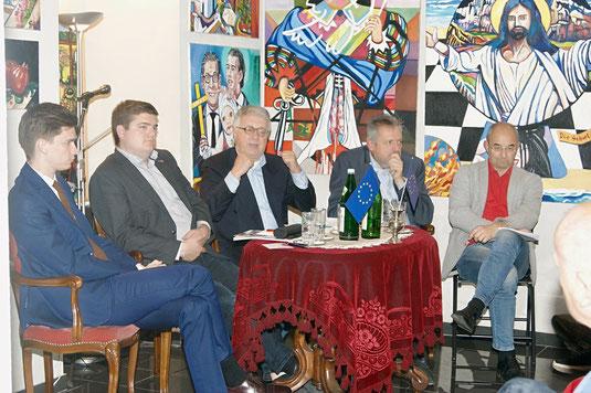 Douglas Hoyos-Trauttmansdorff, Christian Schuh, Wolfgang Petritsch, Werner Groiß, Walter Kogler (Photo Rupert Kornell, NÖN)
