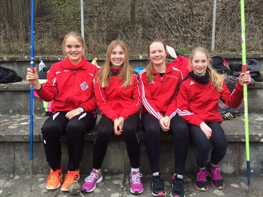 links nach rechts: Annika Schepers, Sophie Hellmuth, Jana Schenk, Katharina Renz