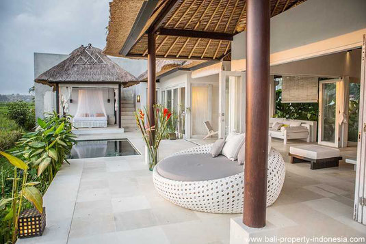 South Ubud villa for sale with 1 bedroom and including a rental license